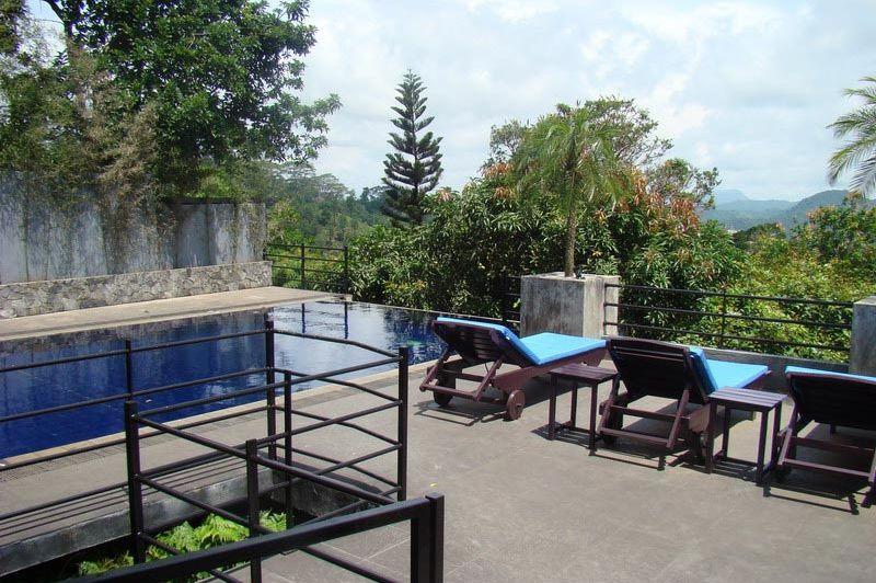 zwembad - Theva Residency - Kandy - Sri Lanka