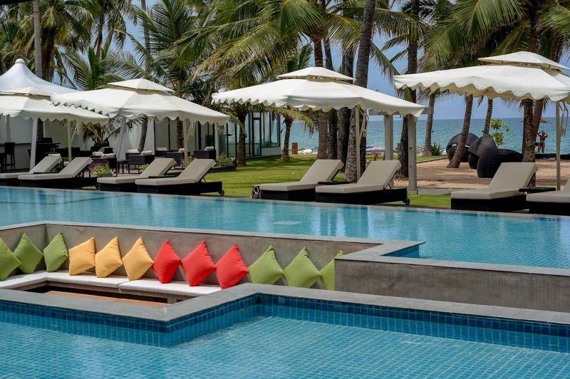 zwembad van Margosa Bay Trincomalee - Margosa Bay - Sri Lanka - foto: Mieke Arendsen