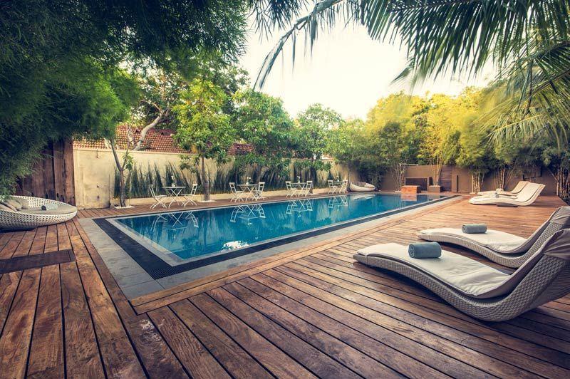 zwembad van Hotel Pledge 3 in Negombo - Hotel Pledge 3 - Sri Lanka