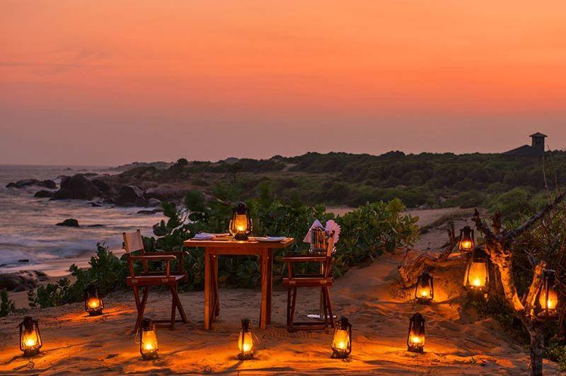 diner op het strand van Chena Huts in Yala - Chena Huts - Sri Lanka - foto: Chena Huts