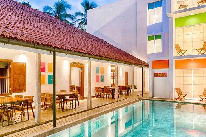 zwembad van Hotel J in Unawatuna - Hotel J - Sri Lanka - foto: Hotel J