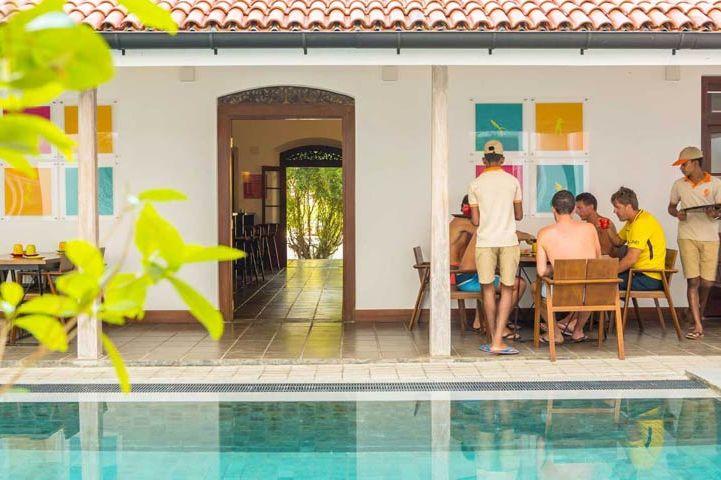 zwembad van Hotel J in Unawatuna (2) - Hotel J - Sri Lanka - foto: Hotel J