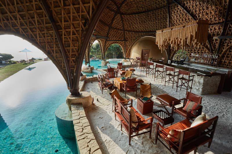 restaurant en zwembad van Wild Coast Yala - Wild Coast - Sri Lanka - foto: Wild Coast