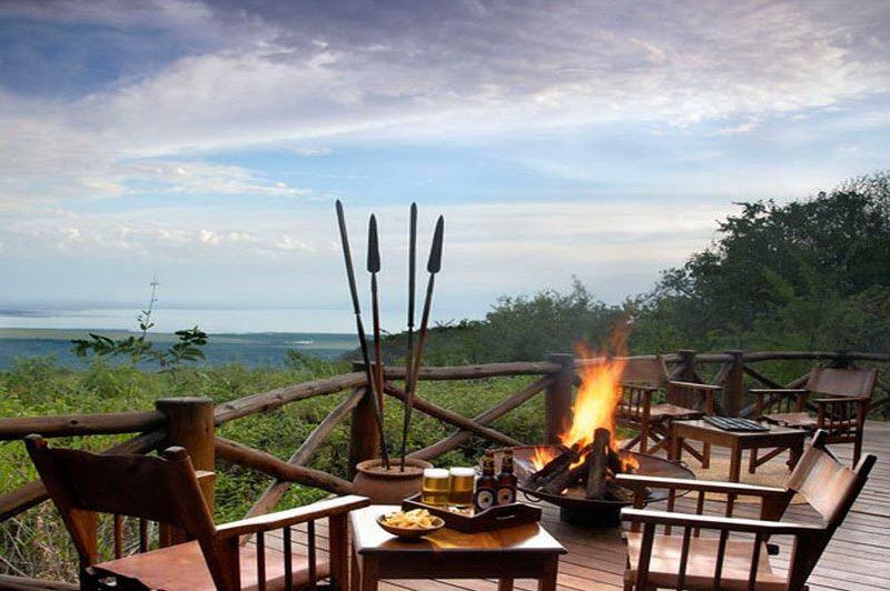terras met uitzicht - kirurumu tented camp - Tanzania