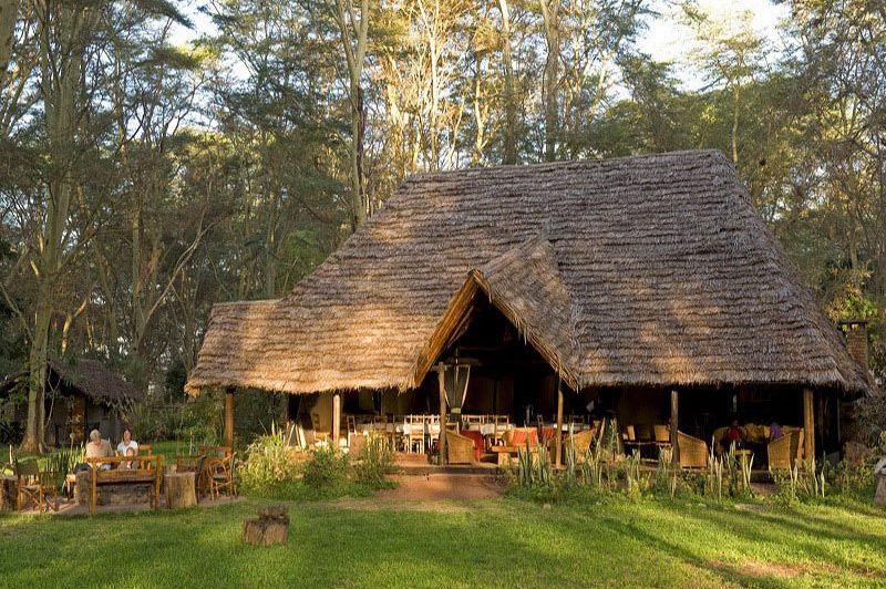 hoofdgebouw - Migunga Tented Camp - Lake Manyara - Tanzania