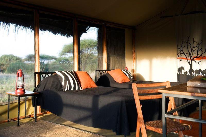 Hotelkamer van Kambi ya Tembo - Kambi ya Tembo - Tanzania - foto: Tanganyika Wilderness Camps