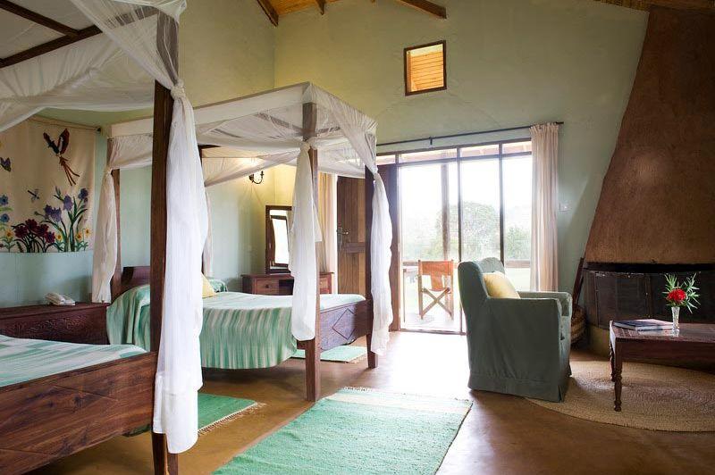 Tloma Lodge kamer interieur - Tloma Lodge - Tanzania - foto: Tanganyika Wilderness Camps