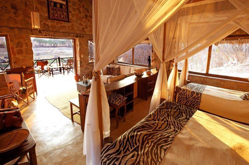 Chalet van Ruaha Rivier Lodge - Ruaha Rivier Lodge - Tanzania - foto: Niels van Gijn - Foxes Safari Camps
