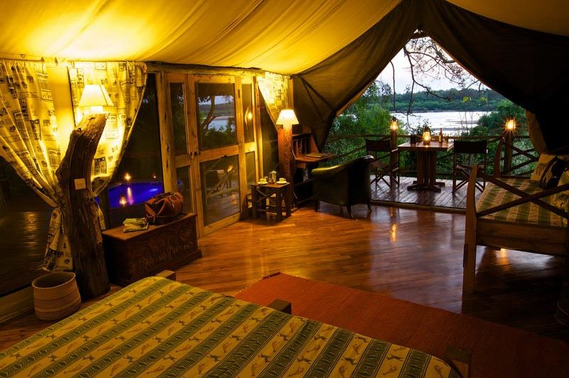 Rufiji Suite interior - Rufiji River Camp - Tanzania - foto: Niels van Gijn - Foxes Safari Camps