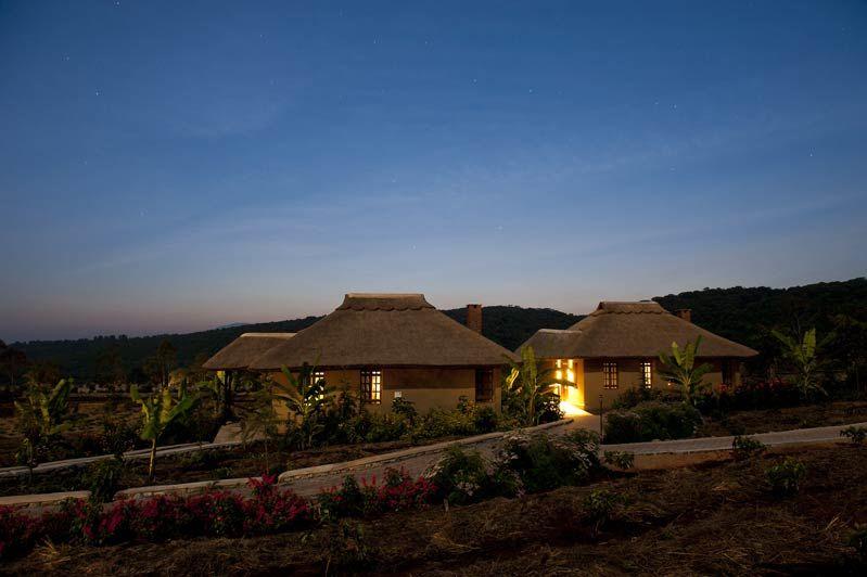voorzijde van Kitela Lodge - Kitela Lodge - Tanzania - foto: Kitela Lodge