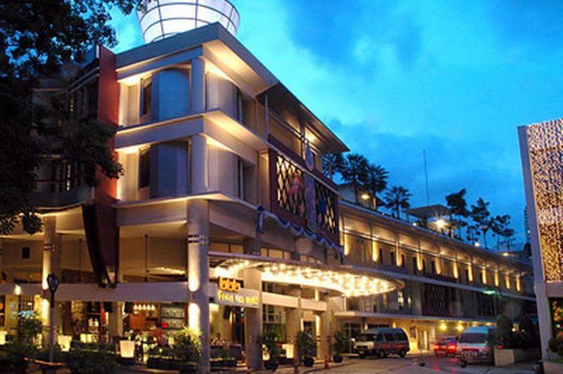 buiten - Triple Two Silom - Bangkok - Thailand