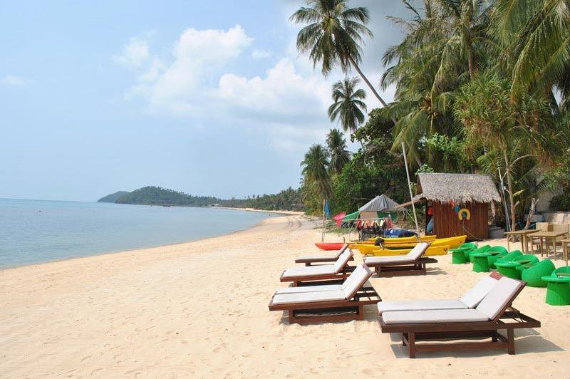 Sunset Beach Resort strand - Sunset Beach Resort - Thailand - foto: Marloes Wijnhoff