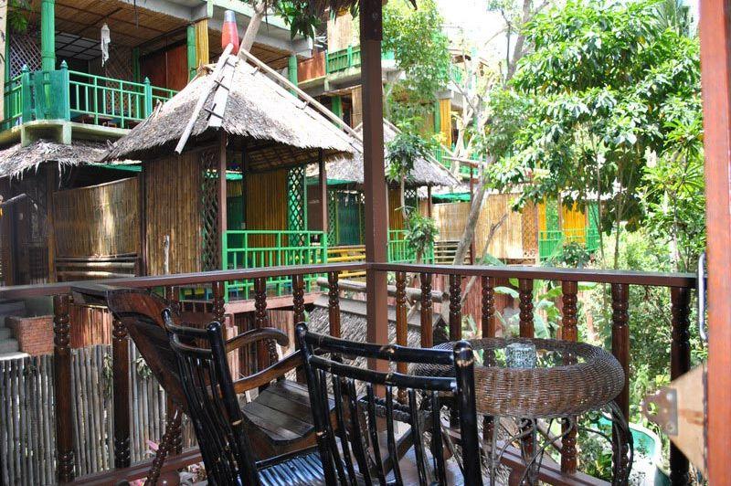 Charmchuree balkon Koh Tao - Charm Churee Villa - Thailand - foto: Marloes Wijnhoff