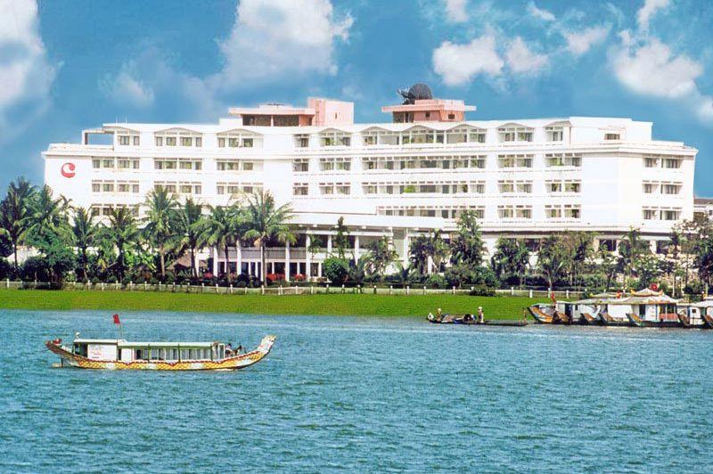 buiten - Century Riverside Hotel - Hue - Vietnam