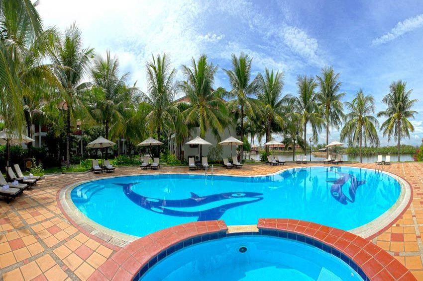 zwembad - Hoi An Beach Resort - Vietnam