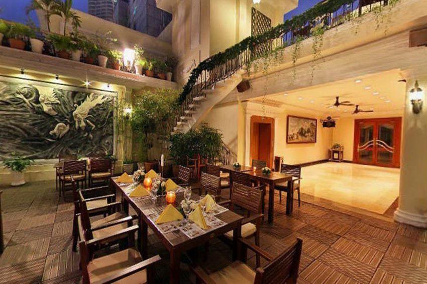 restaurant - Hotel Majestic Saigon - Vietnam