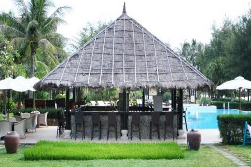 pool bar - Seahorse Resort & Spa - Vietnam