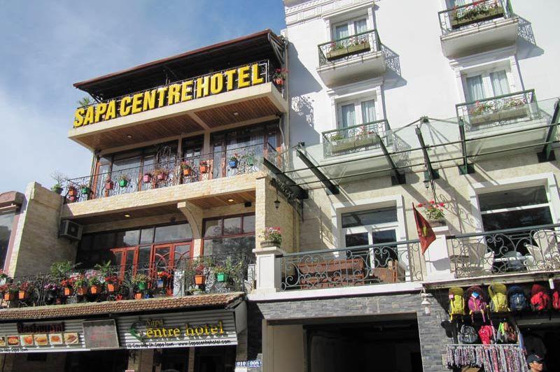 Voorgevel van het Sapa Centre Hotel - Sapa Centre Hotel - Vietnam - foto: Mieke Arendsen
