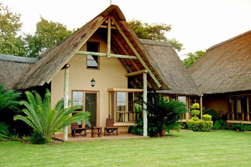 vooraanzicht bungalow van Buckler's Africa bij Komati Poort - Buckler's Africa - Zuid-Afrika