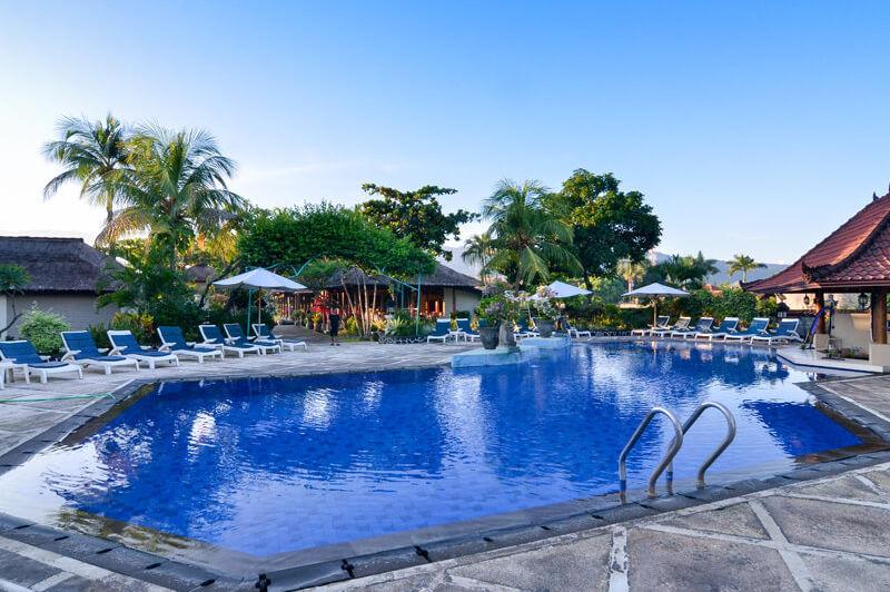 zwembad - Aneka Lovina - Bali - Indonesië - foto: Aneka Lovina