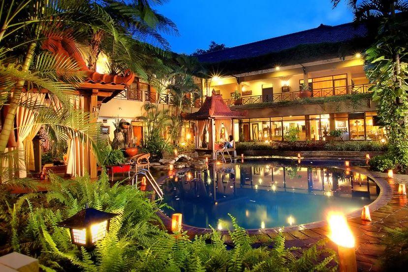 zwembad - sukajadi - hotel - Bandung - Java - Indonesië - foto: Sukajadi Hotel