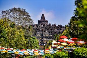 Borobudur - Stoepa - Java - Indonesie - foto: unsplash