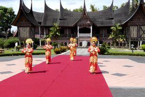 Bukittingi - Traditie - Cultuur - Sumatra - Indonesie - foto: Lokale agent