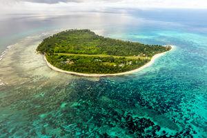 Denis Private Island Resort - aerial - Seychellen - foto: Denis Private Island Resort