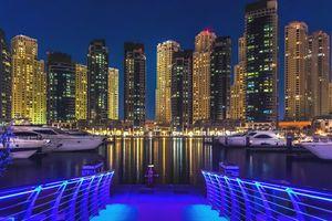 Dubai Marina - haven in de avond - Dubai - foto: pixabay