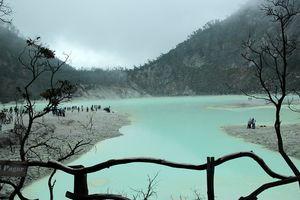 Kawah Putih Lake - Bandung - Java - Indonesie - foto: pixabay