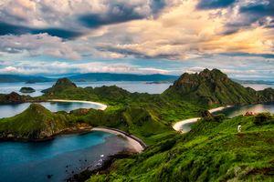 Komodo - Padar Eiland - Baai - Indonesie - foto: unsplash