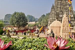 Mahabodhi Tempel - Gebed - Ceremonie - Bodhgaya -India - foto: flickr