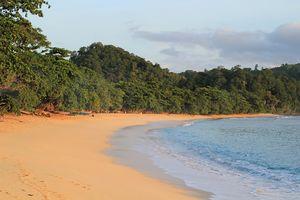 Manado - Strand - Sulawesi - Indonesie - foto: pixabay