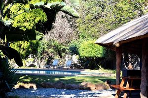 Outlook Lodge Lakefield - zwembad - Johannesburg - Zuid-Afrika - foto: Outlook Lodge