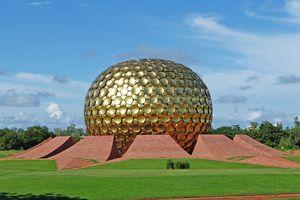Pondicherry - Matrimandir - India - foto: pixabay