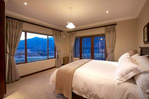 - foto: Red Mountain House Clarens