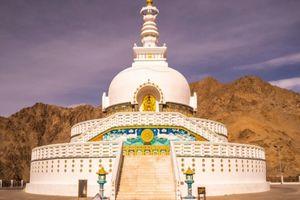 Shanti Stupa - Leh - India - foto: Canva