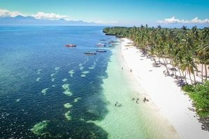 wit strand Siquijor - Filipijnen - Intas - CTTO