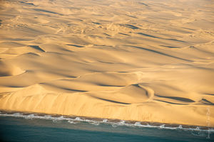 Skeleton Coast - Namibië - uitzicht - foto: flickr
