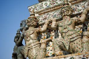 beelden in Wat Arun - Thailand