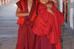 kinderen in Bhutan - Bhutan