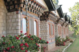 vooraanzicht Hotel Vara (1) - Hotel Vara - Bhutan - foto: Mieke Arendsen