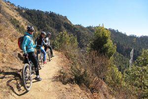 mountainbiken Bhumtang Tsarbaling (1)