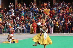 festival Tsechu (2)