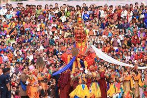 festival Tsechu (3)