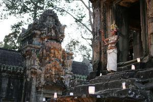 Cambodja - Angkor - Apsara danseres bij Angkor