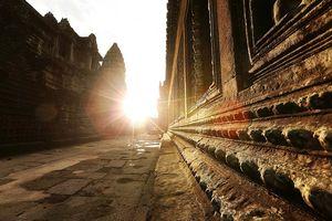 Angkor met zonnestraal - Siem Reap - Cambodja