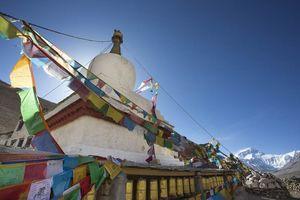 Vlaggetjes Everest mountain, Himalaya - Tibet - China