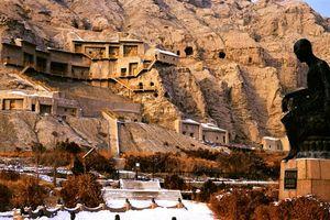 boedistische grotten in Kucha (oude naam Qiuci) - China Kucha zijderoute - China