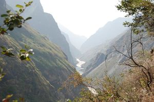 uitzicht Tiger Leaping Gorge in Lijiang - Lijiang - China